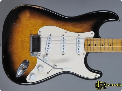Fender Stratocaster  ´54 Features! 1955 2 Tone Sunburst