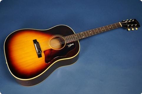 Gibson J 45 1968 Sunburst