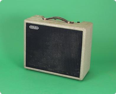 Fender White Amp 1957 Gray