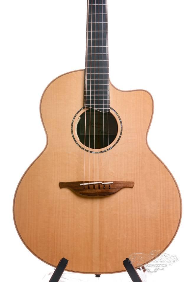 dating Lowden kitarat