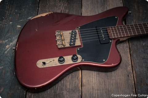 Tonfuchs Guitars Bulldog Royal Red