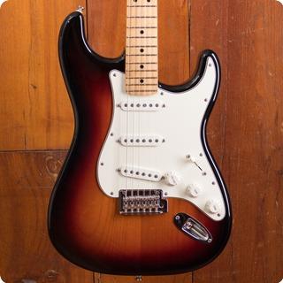 Fender Stratocaster 2018 Three Color Sunburst