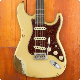 Fender Stratocaster 2018 Aged Vintage White
