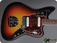 Fender Jaguar 1966 3 tone Sunburst