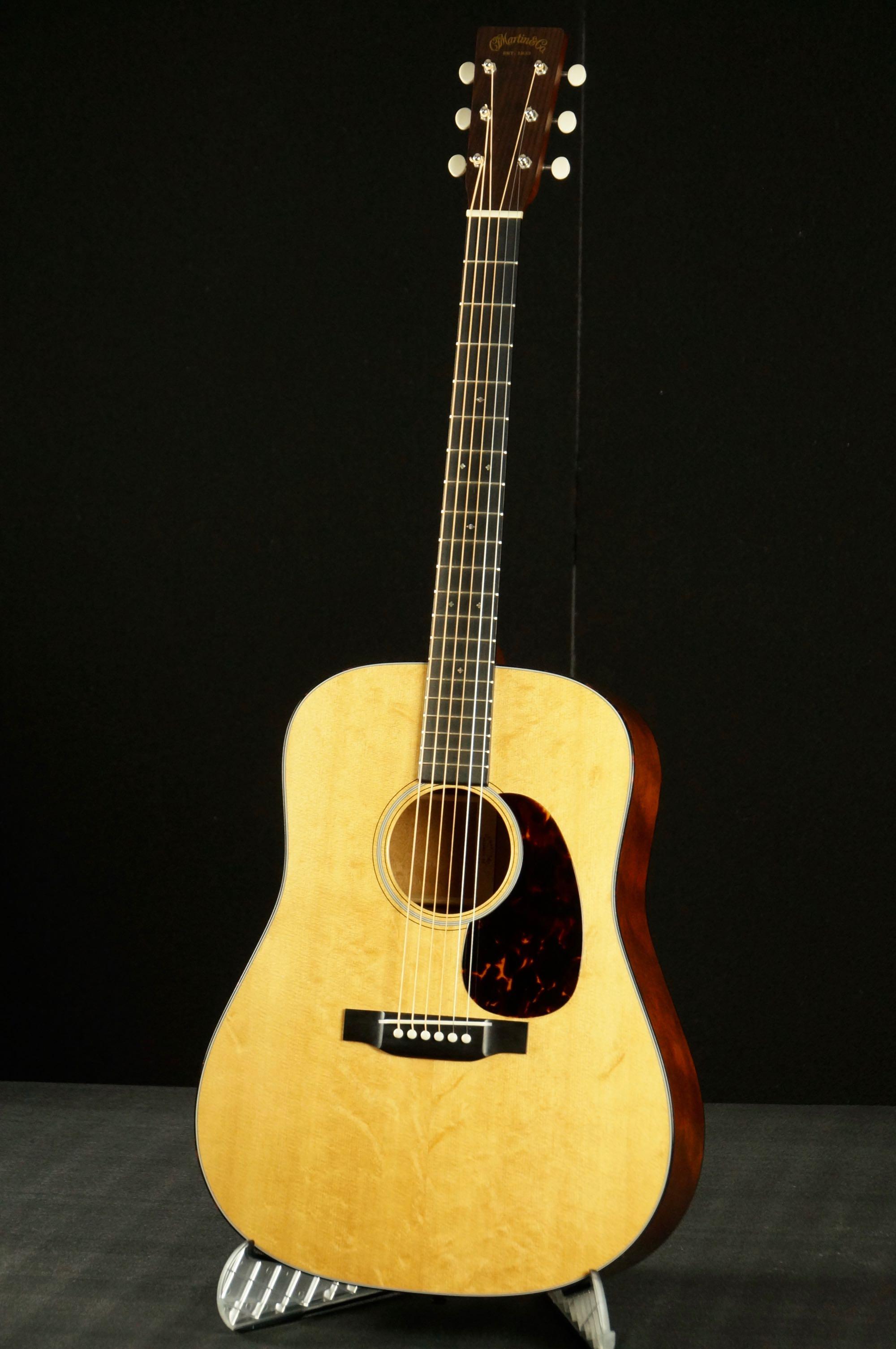 Martin Guitars For Sale >> Andres Martin Guitars D 18 Custom 2013 Natural Guitar For Sale Blue G