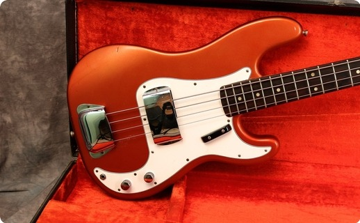 Fender Precision 1968 Candy Apple Red