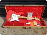 Fender Custom Shop Hank Marvin Stratocaster Signed By Hank 1993 Fiesta Red