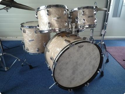 Pearl Drumset 1960 White Marine Pearl