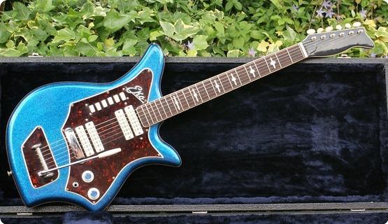 Eko Eko 700/4/v Blue Sparkle Guitar & Case 1963 Blue Sparkle