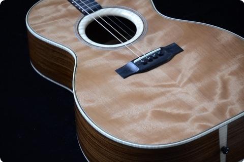 Rozawood Tenor Guitar   Santos/redwood 2018 Nitrocellulose Lacquer