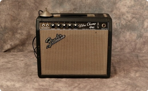 Fender Vibro Champ 1966 Black Tolex