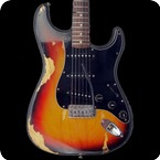 Fender Stratocaster 1977 Three Tone Sunburst