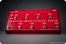 Carl Martin Octa Switch MK3 Red