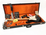 Fender-Stratocaster American Vintage Re Issue 70s – Pre Owned-2005-Black