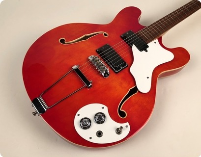 Mosrite Celebrity Iii 1967 Flamey Trans Red