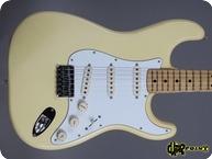 Fender-Stratocaster-1977-Olympic White