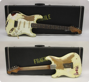 Fender Stratocaster ´63 Heavy Relic  2019 Aged Olympic White Over 3tone Sb