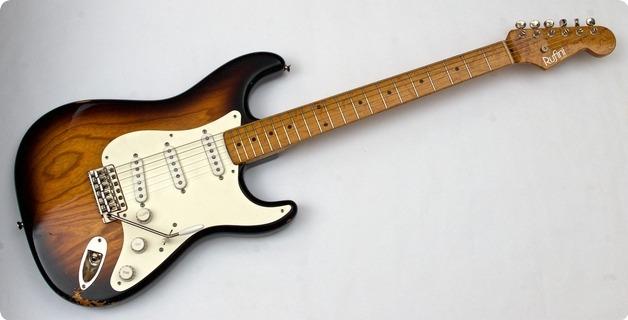 Rufini Fine Instruments Stratocaster '54 Replica 2019 2 Tone Sunburst