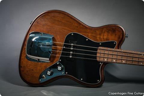 Vuorensaku Guitars T.family Roaster Bass Deadwood Natural