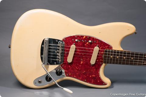 Fender Mustang 1964 Olympic White