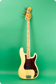 Fender Precision Bass 1973 Olympic White