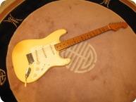 Fender 57 Reissue STRATOCASTER 1988 Olympic White