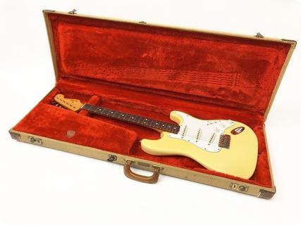 Fender Stratocaster 1988 Vintage Reissue Avri 62  With Original Case 1988 Vintage Blonde