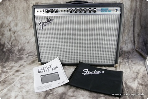 Fender Custom 68 Vibrolux Reverb Amp 2017 Black Tolex