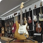 Fender-Stratocaster-1973-Natural