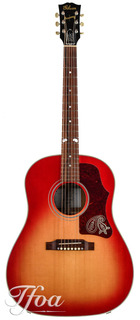 Gibson J45 Brad Paisley Sunburst Limited Edition 2010