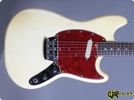 Fender Musicmaster 1966 Olympic White