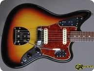 Fender Jaguar 1965 3 tone Sunburst