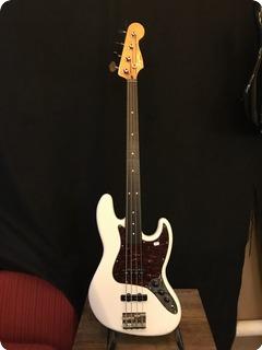 Fender Squier Jazz Bass 2012 Creamy White
