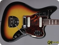 Fender-Jaguar-1966-3-tone Sunburst