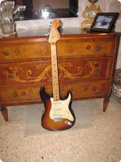 Fender Stratocaster 1972 Sunburst 3 Tone