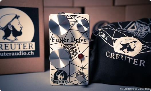 Greuter Audio Fuller Drive Black On White