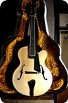 Benedetto Archtop Guitars-Manhattan-2018-Natural