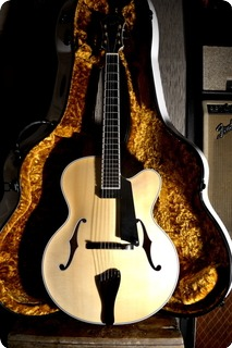 Benedetto Archtop Guitars Manhattan 2018 Natural