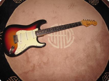 Fender Stratocaster 1964 Sunburst 3 Tone