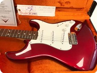 Fender-Stratocaster 1966 NOS-2006-Candy Apple Red