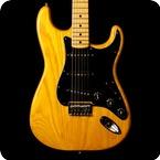 Fender-Stratocaster-Natural