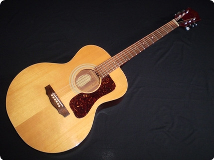 Guild Guitars F30 1975 Natural