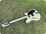Rickenbacker-360 Tuxedo Model-1980-White