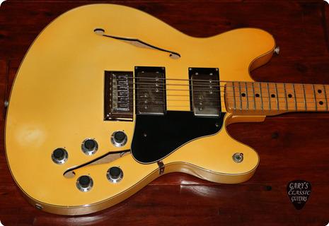 Fender Starcaster  1976