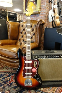 Squier Squier Classic Vibe Bass Vi, Laurel Fingerboard, 3 Color Sunburst 2020 3 Color Sunburst