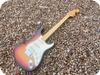 Fender -  Stratocaster 1975 Sunburst