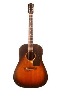 Gibson J 45 1946 Sunburst