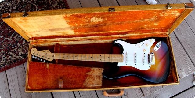 Fender Stratocaster 1958 3 Tone Sunburst