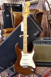 Fender Fender Stratocaster Hard Tail 1974 Walnut 1974 Walnut