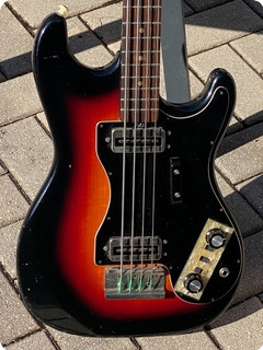 Hofner 182 Solid Body Bass  1970 Sunburst Finish